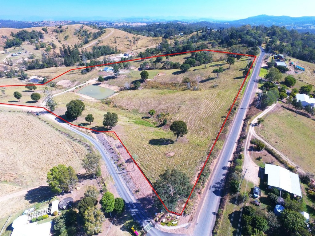 Farm for Sale - 20 Lawrence Road, Carters Ridge QLD - Farm Property