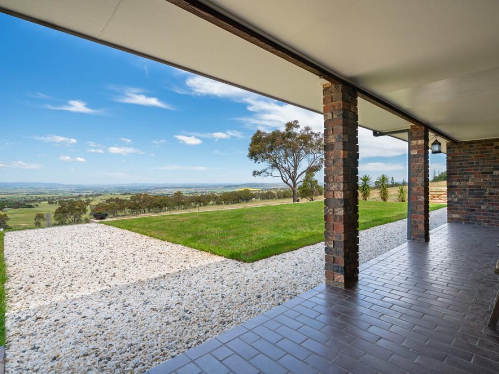 151 Willow Tree Lane, Mount Rankin NSW