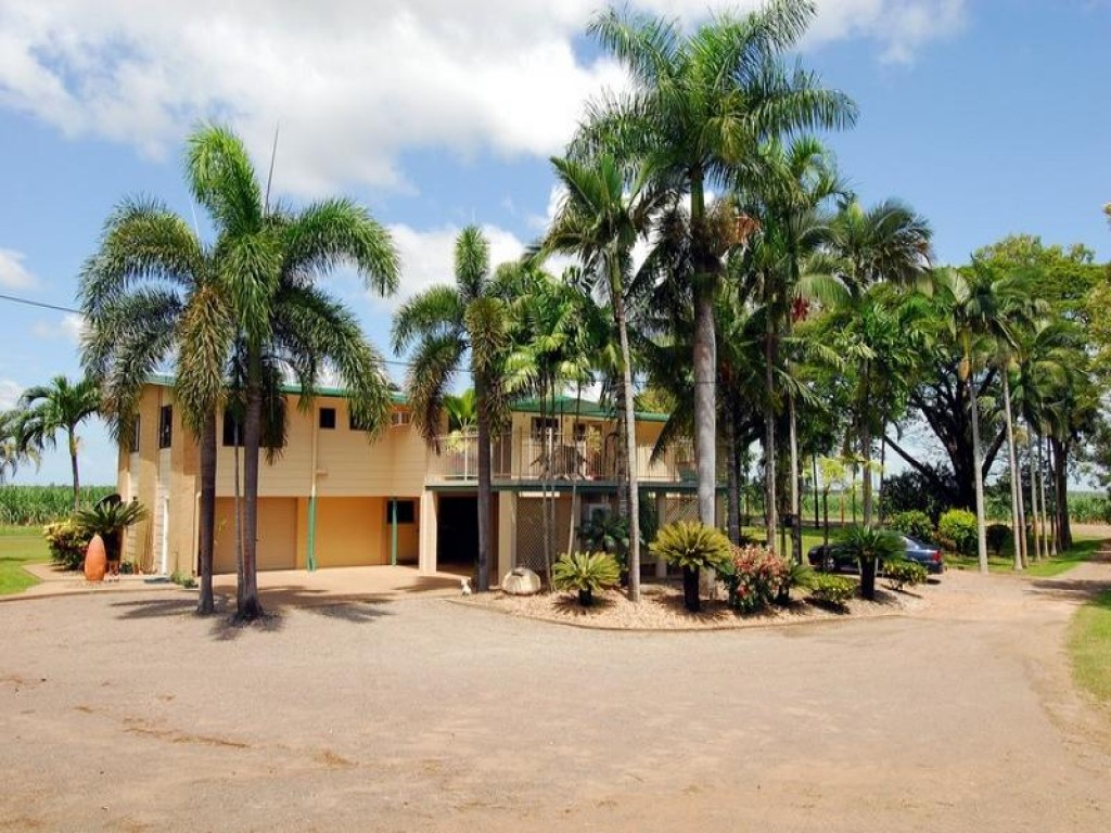 Address available by request, Mount Surround, QLD 4809
