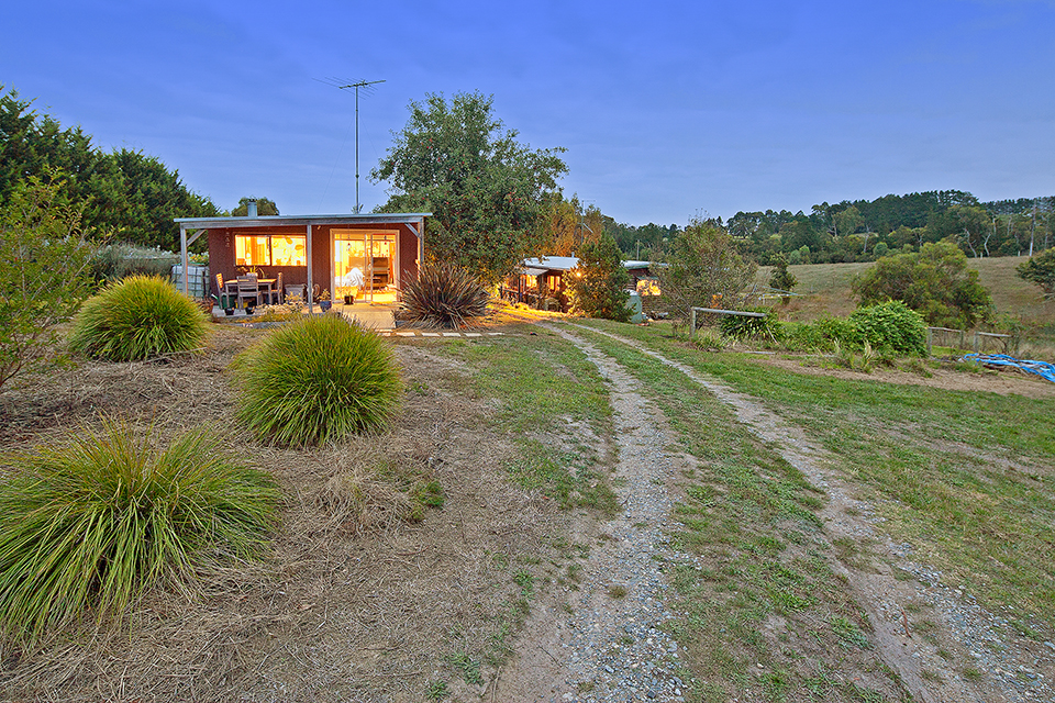 Farm for Sale - 45 JURY ROAD, Tynong North, VIC - Farm Property