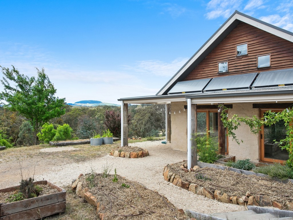 Farm for Sale - 78 Park Avenue, Yandoit, VIC - Farm Property