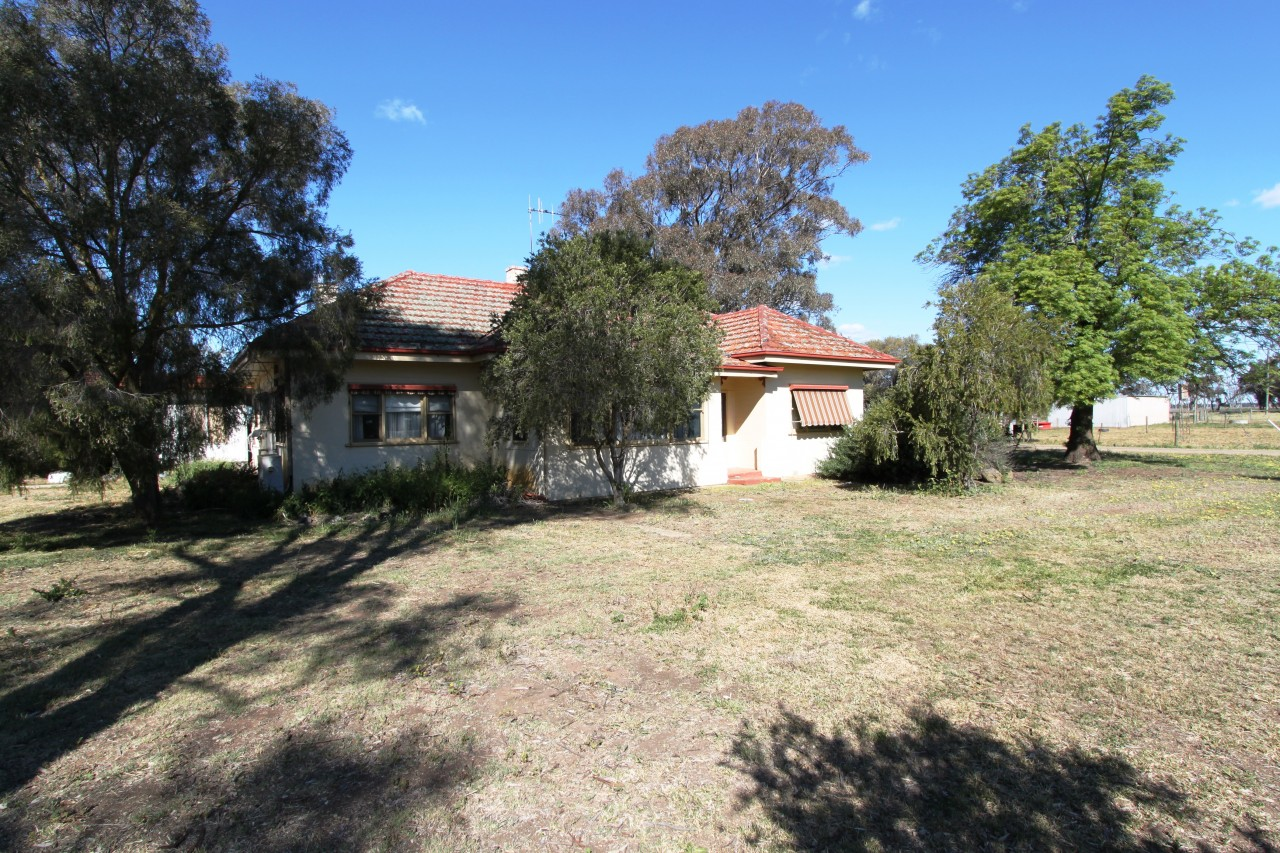 Farm for Sale - 5340 Benalla Tocumwall Road , Katamatite VIC - Farm Property