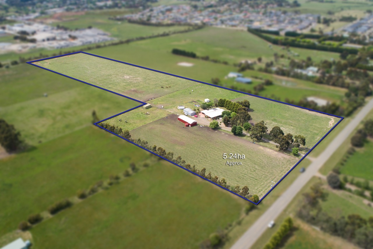 Farm for Sale - 35 Leahys Road, Kilmore, VIC - Farm Property