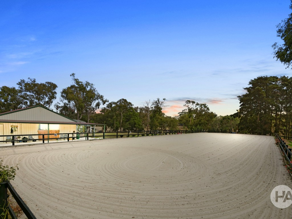 Farm for Sale - 425 Middle Road, Pearcedale, VIC - Farm Property